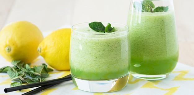 Batido de limón y menta