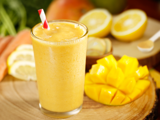 Batido de mango y limón