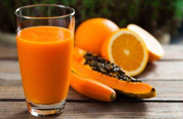 Foto de batido de papaya y naranja